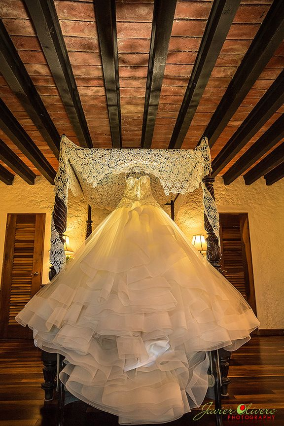 Siesta Alegre Inn Wedding by Javier Olivero, Puerto Rico