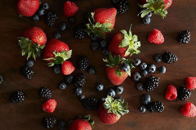 Extend the shelf life of your berries with the help of one surprising ingredient.