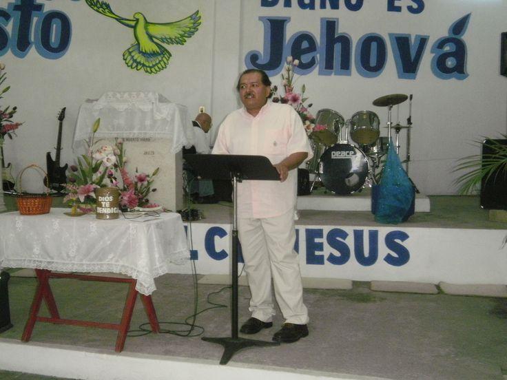 EN LA REUNION DE UNIDAD DE MINISTROS EN LA IGLESIA MARANATHA DE JOJUTLA, MOR.