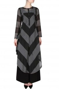Black And Grey Chevron Pattern Asymmetric Long Kurta shopnow #newcollection #contemporary #slohdesigns #happyshopping #kurta #clothing