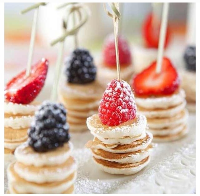 Mini pancakes! Perfect for Brunch!