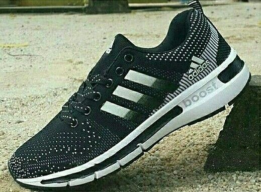 Adidas Boost WOMAN Size 36 - 40 320.000,-