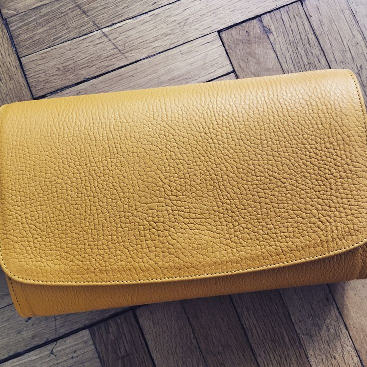 #the5thelementbags #rosettishowroom #yellow #leather #clutch #fallwinter