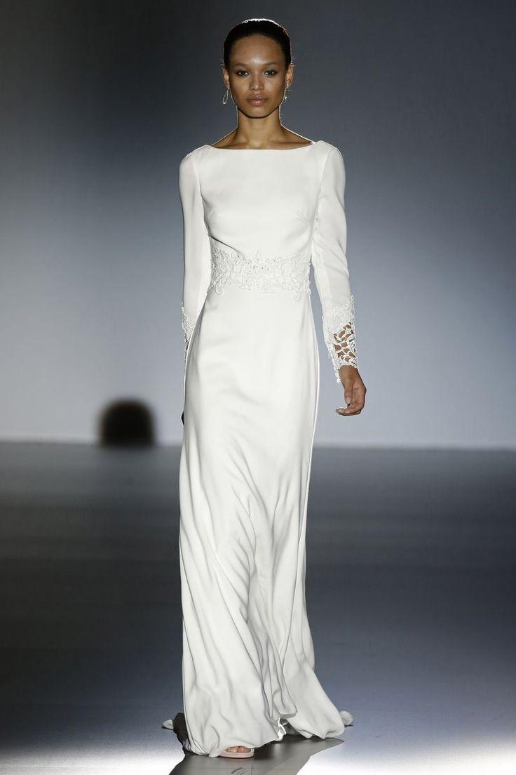 50 best Brautkleid der Woche images on Pinterest | Wedding frocks ...