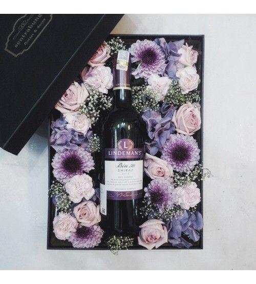 Znalezione obrazy dla zapytania FLOWER WINE BOXES