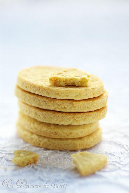 Offelle di Parona    Versione italiana più giù    Un joli nom pour ces biscuits italiens délicats typiques de la ville Parona (en Lomellin...