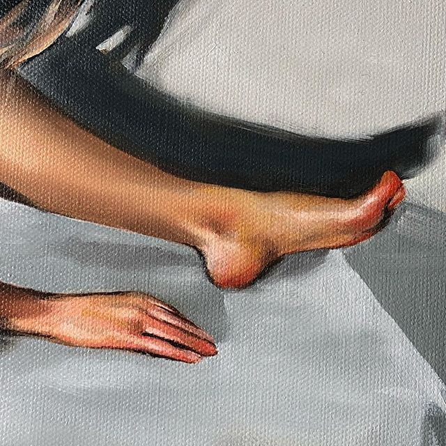 Detail from a small figurative piece Im working on. Renoir said My concern has always been to paint nudes as if they were some splendid fruit.  what a perfect metaphor. #body#figurativepainting#hand#foot#figure#oilpainting#oiloncanvas#flesh#skin#detail