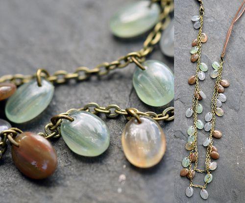 Hnědo-zelený náhrdelník