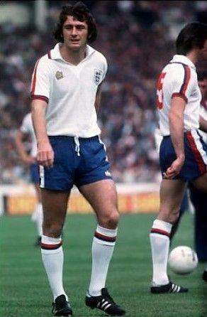 Trevor Francis England 1977