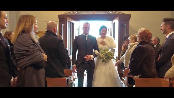 """Fare il fotografo di matrimonio, o il video di matrimonio, permette di avere l'onere e l'onore di poter fermare il tempo e le emozioni:  """"...e Manuela si fermò; era li', sulla porta, abbracciata al padre. Paolo alzò lo sguardo e la vide, e gli occhi si gonfiarono di emozione.   #4K #castelfiorentino #DRONE #EMOTIONS #empoli #firenze #follow4follow #fotografia #FOTOGRAFO #fotografo matrimonio empoli #fotografodimatrimonio #fotografomatrimonioempoli #HD #love #marryme #ma"""