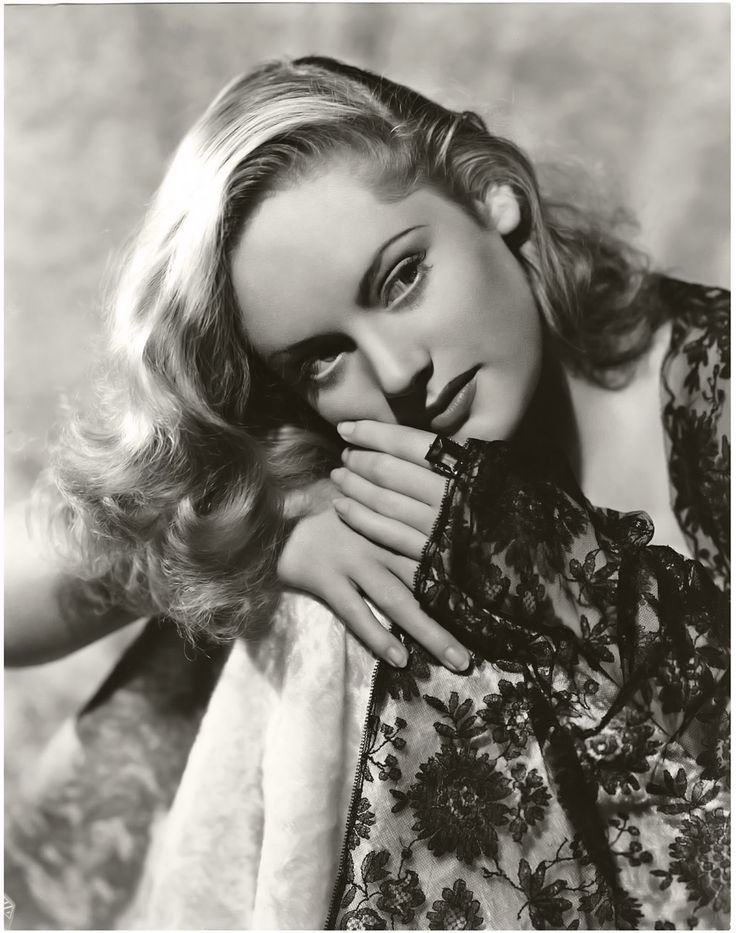Alexis Smith (June 8, 1921 – June 9, 1993) was a Canadian-born stage, film, and television actress.