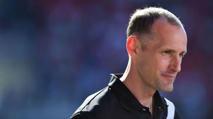 Bayer Leverkusen appoint Heiko Herrlich as head coach
