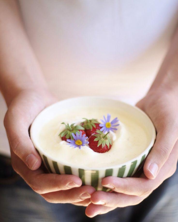 Luksus koldskål med æg, tykmælk og fløde