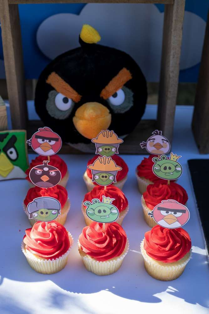 5811c0ac3 Check out the fun cupcakes at this Angry Birds Birthday Party!! See more party  ideas and share yours at CatchMyParty.com #catchmyparty #partyideas ...