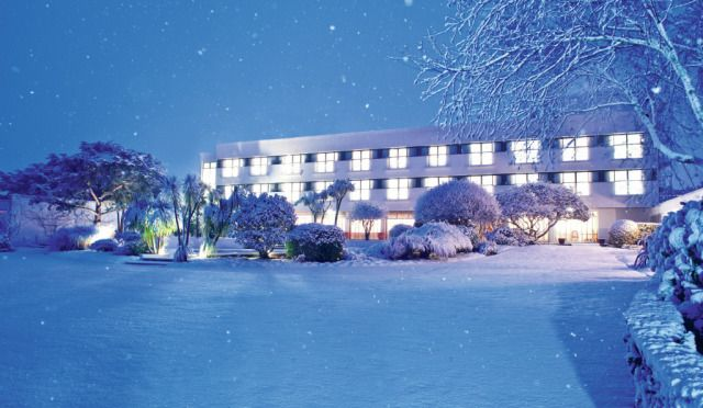 (PHOTO: Atlantic Hotel)  Traditional Christmas UK breaks:  The Atlantic Hotel, Jersey (If you fancy really treating yourself this Christmas, head off to Jersey and book in at The Atlantic Hotel. The family-owned hotel overlooking the impressive St Ouen's Bay is an upmarket home away from home. In the hotel's Michelin starred Ocean restaurant, Executive Head Chef Mark Jordan has used premium local produce to create a series of special Christmas menus to be enjoyed throughout the stay.)