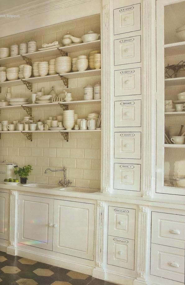 French kitchen abode pinterest french kitchens for French country shelves