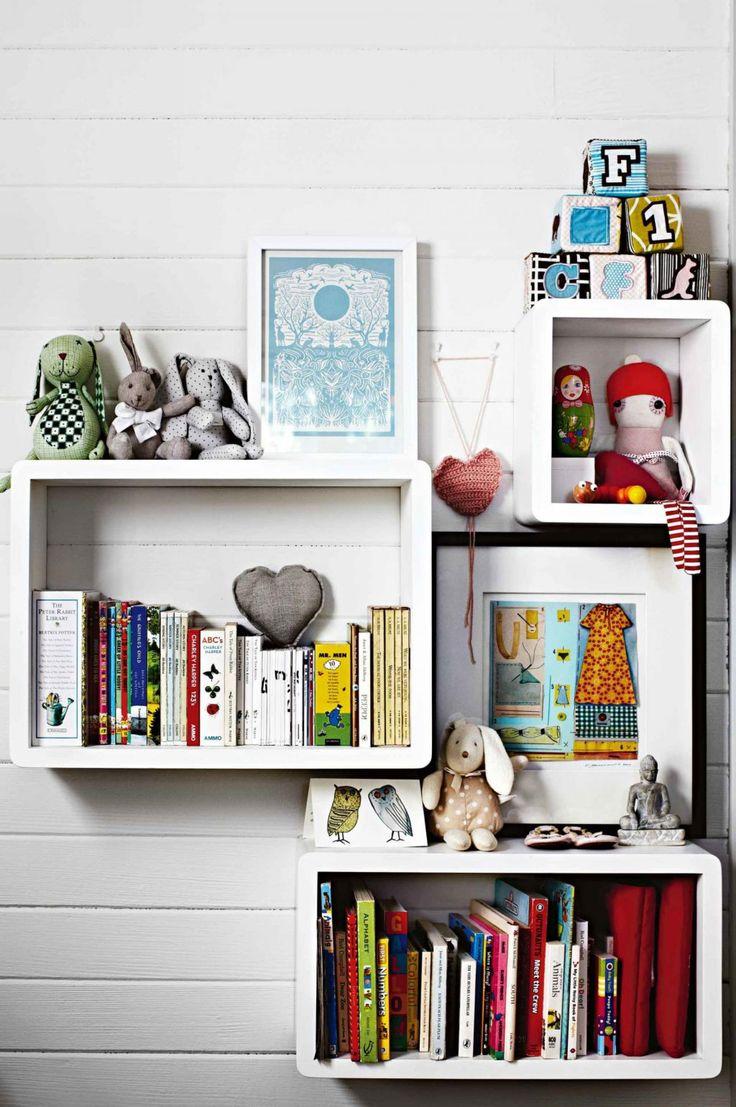 43 Very Inspiring And Creative Bookshelf Decorating Ideas