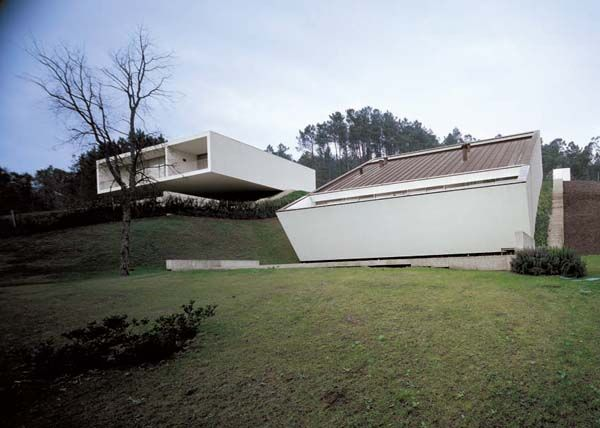Eduardo Souto de Moura / Dos viviendas en Ponte de Lima