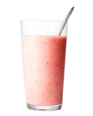 25 easy and healthy smoothie recipes! Creamy Strawberry Smoothie