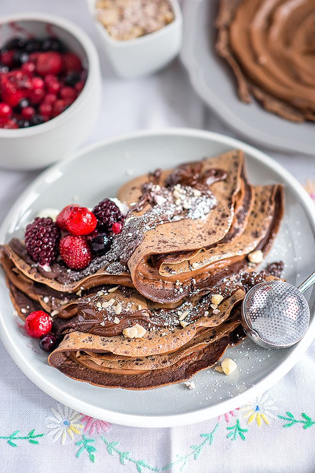 {French} chocolate crêpes with Nutella, chocolate sauce and mixed berries | Supergolden Bakes
