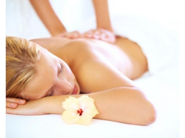 MELATI PIJAT BANDUNG menyediakan layanan kebugaran dengan cara  pijat tradisional dilayani therapis wanita buka 24 jam !
