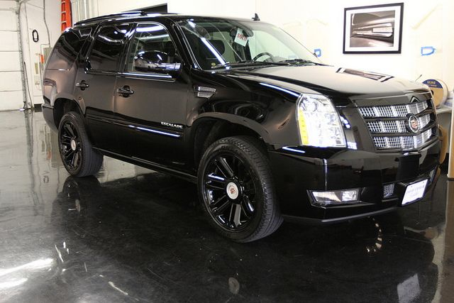Blacked Out Cadillac Escalade 2013 Cars I Like