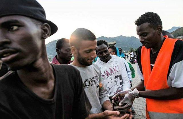 Cáritas destina 13 millones de euros a financiar un plan de acción con migrantes y refugiados en España. Más información en: http://ift.tt/2BTeAow #MigrantesConDerechos