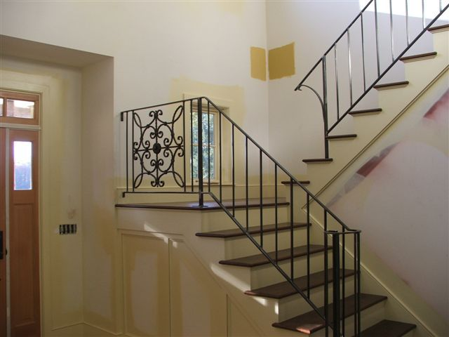 Best Commercial And Residential Custom Ironwork Railings 640 x 480
