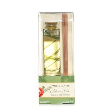 Balsam & Cedar : Premium Reed Diffuser : Yankee Candle.  These also do great in bedrooms.