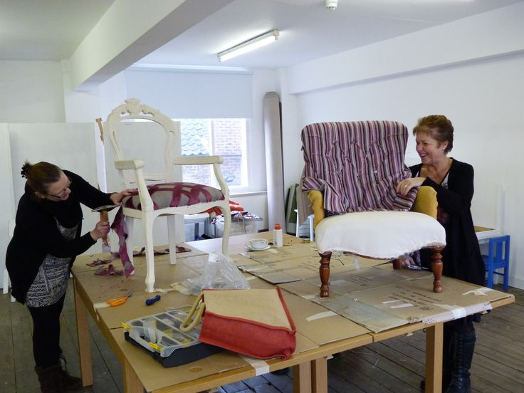 Traditional Upholstery Workshop With Janet Van Den Boss