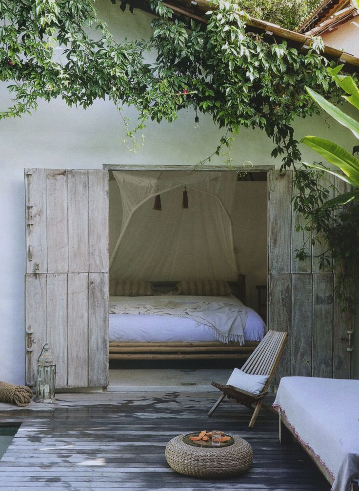 A cute guesthouse idea or a bedroom