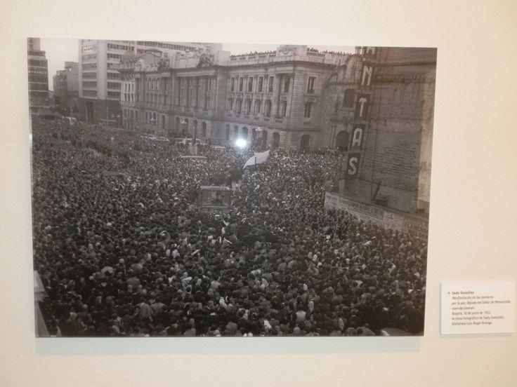 Exposición fotografía Sady Gonzales Luis Ángel Arango.