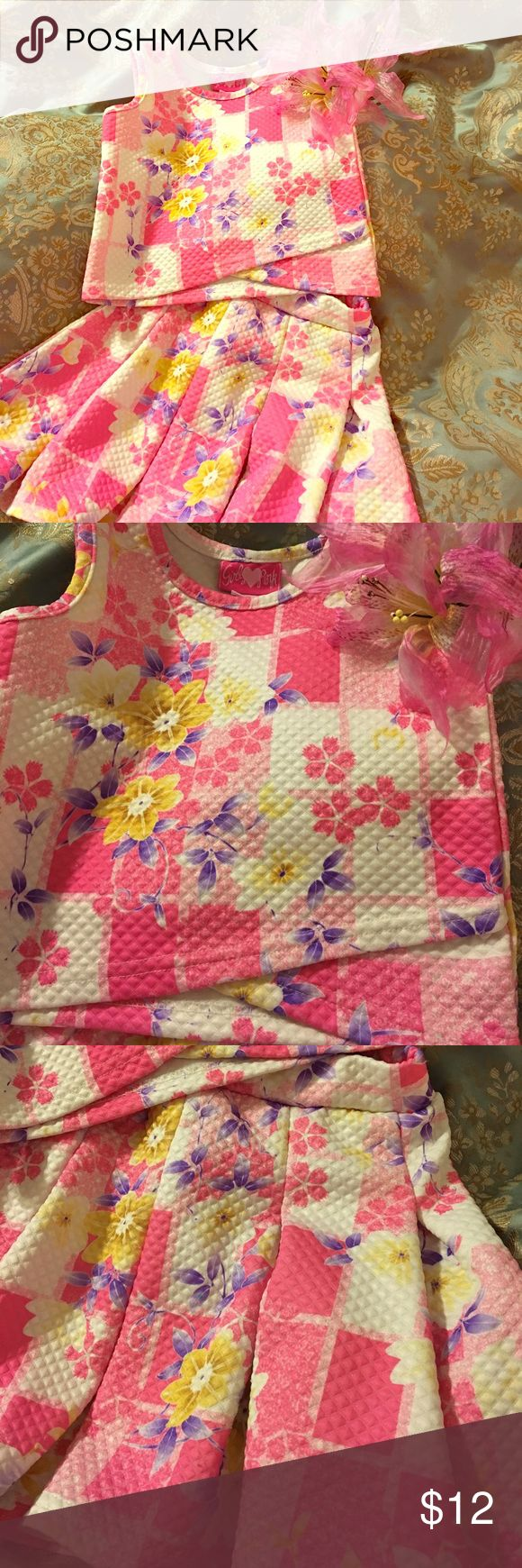 Girly Pink 2 Piece Skirt Set 4T Pink Floral NWOT Just right for the little lady that is all-girl! This pretty bright pink floral skirt set is soft and comfortable in polyester waffle knit. Machine wash cold🌼😍🌼 Girly Pink Matching Sets