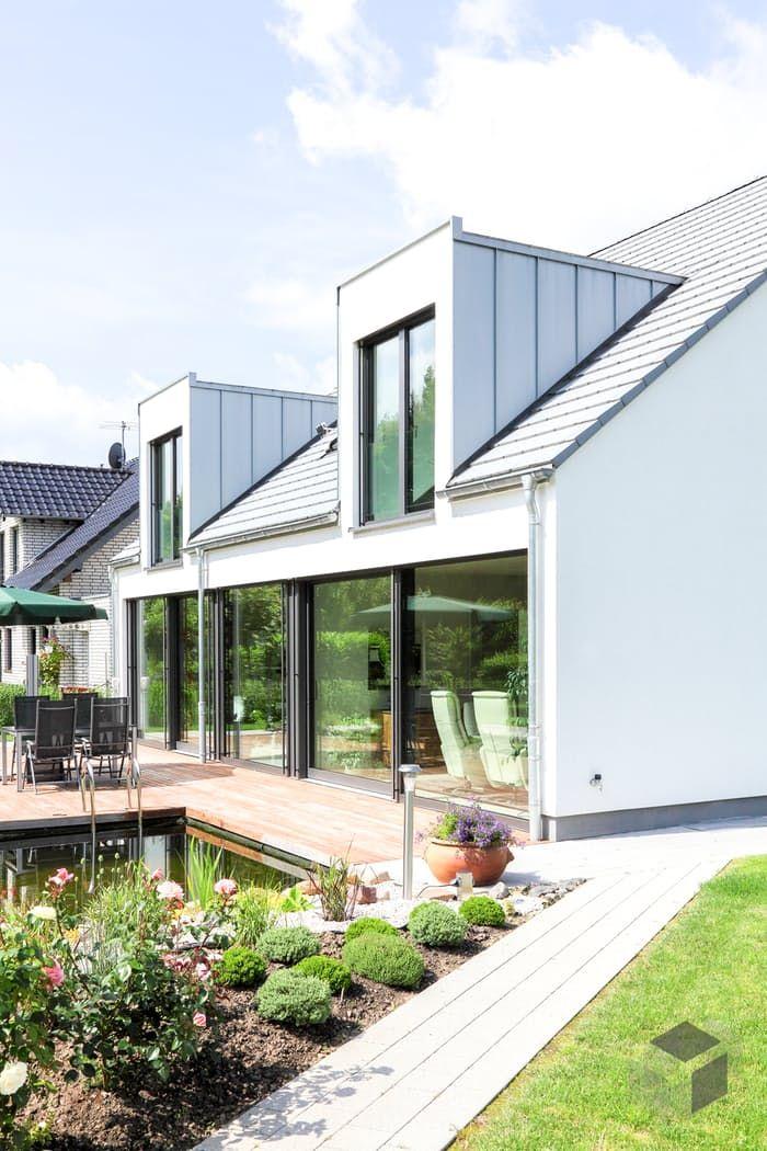 Esta e muitas outras casas podem ser encontradas no Fertighaus.de – a sua casa a partir de …   – Häuswr