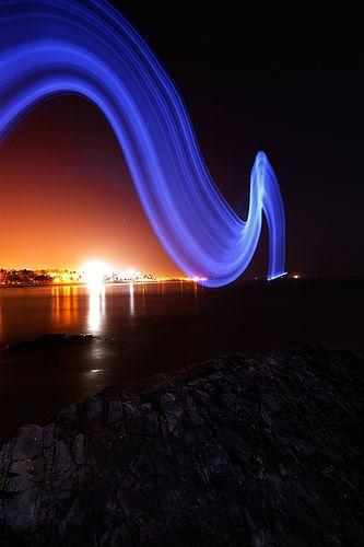 Santa Barbara long exposure - ©/cc Toby Keller - www.flickr.com/photos/burnblue/1760922800/#
