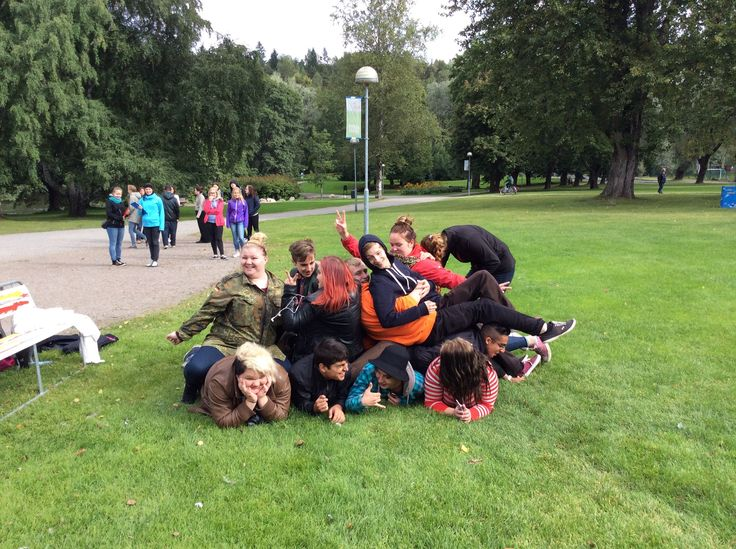 Ryhmän oma pyramidi.