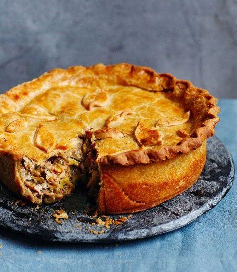 Ham-hock,-sausage-and-cider-raised-pie