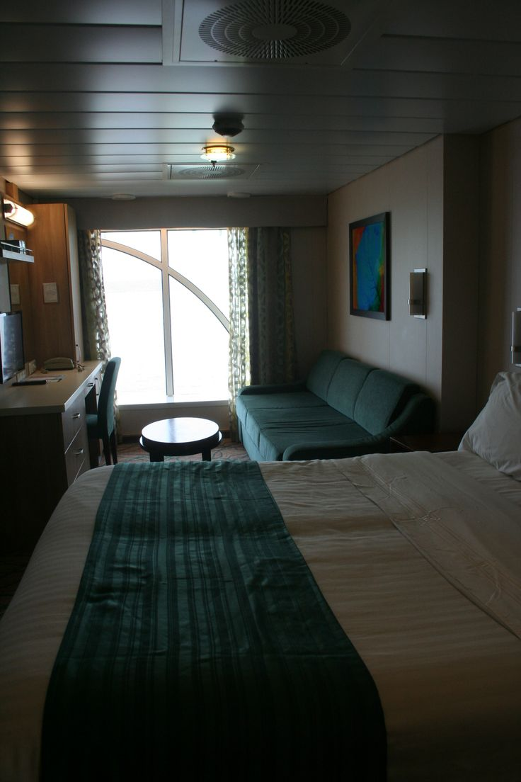 8039 Panoramic Ocean View Stateroom Floor To Ceiling