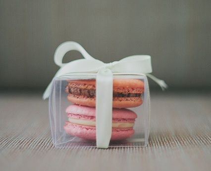 Macaron guest favour (by two, clear boxes) #engagement #party