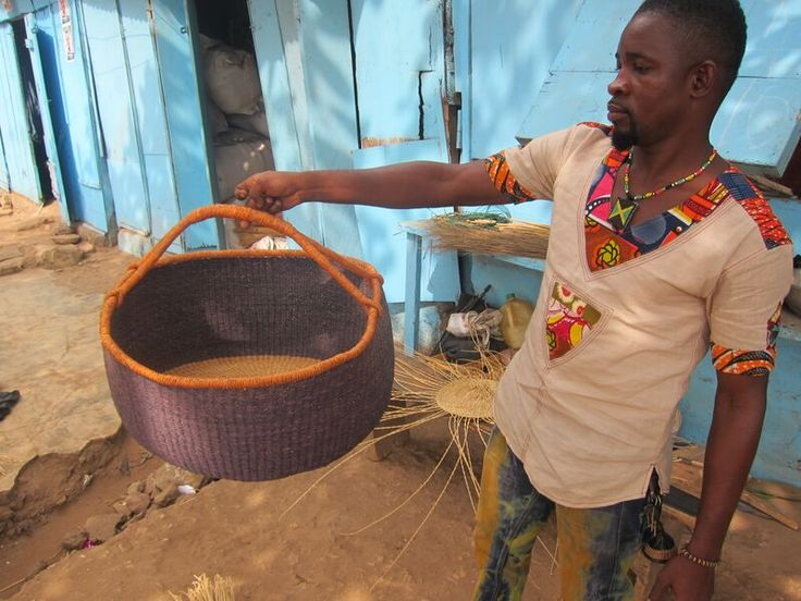 We love working with the local community in Bolgatanga to source our baskets!