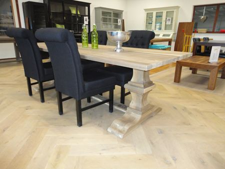 houten tafel eiken kloostertafel lindisfarne http://www.houtentafels.nu/Houtentafels-Eiken/index.html