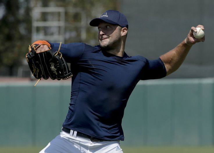 Column: Mets have nothing to lose by signing Tim Tebow = The New York Mets have signed former quarterback turned aspiring baseball player Tim Tebow to a minor-league contract. Let's take a look at the positives, negatives and sidelights of the signing.....