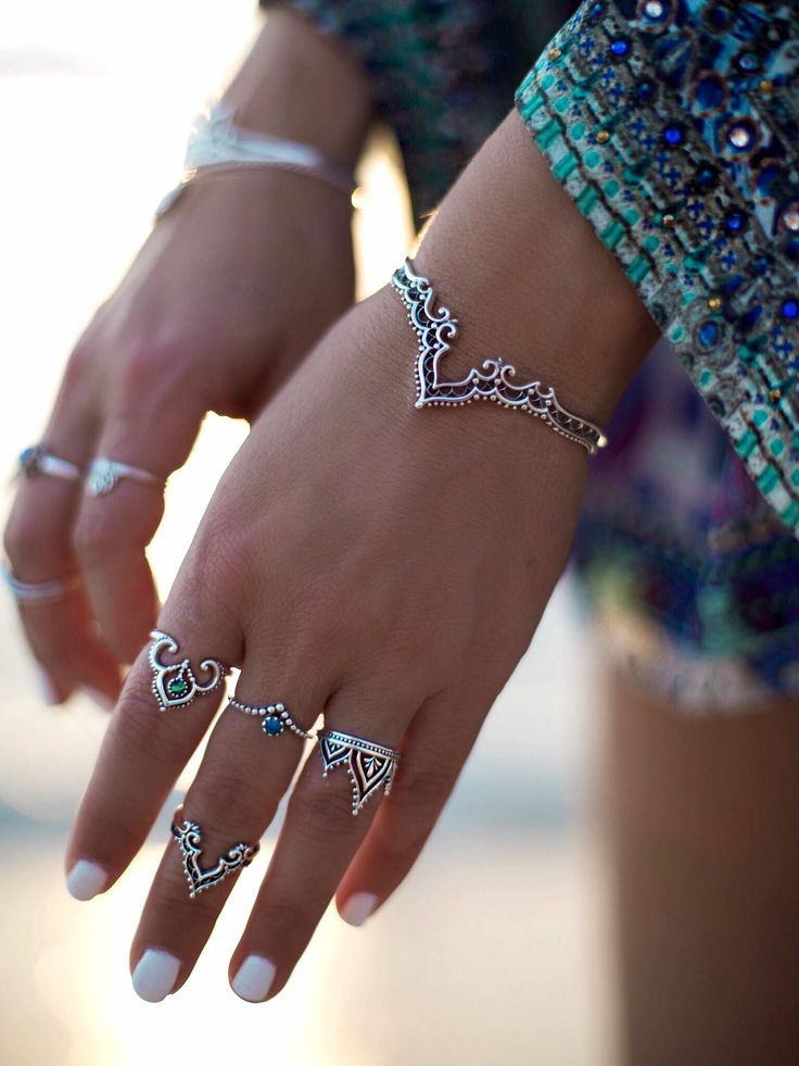 GypsyLovinLight wearing Midsummer Star Jewellery