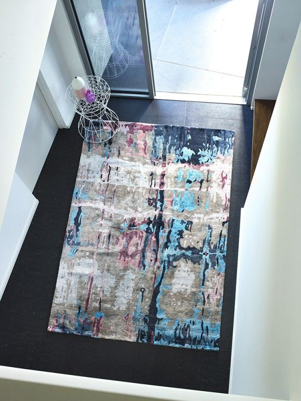 The Rug Collection - Handtufted artksilk (Organic design w/ touch of color)