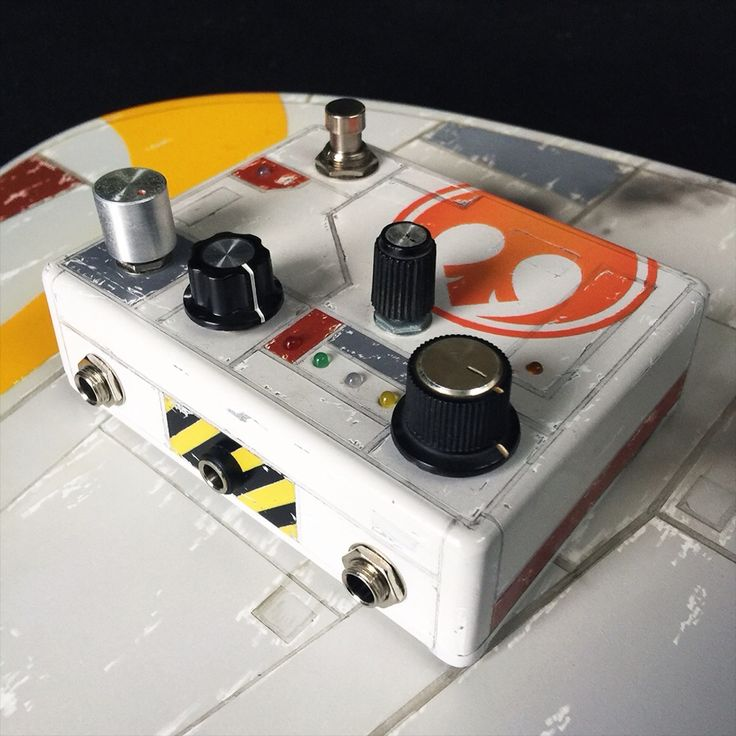 R2 effect pedal