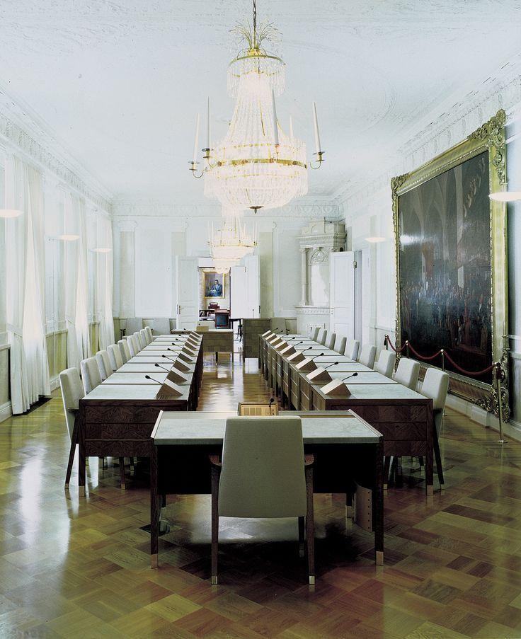 C.D.* design Harri Korhonen, 1992-. Government Palace, Helsinki 1995. *In production.