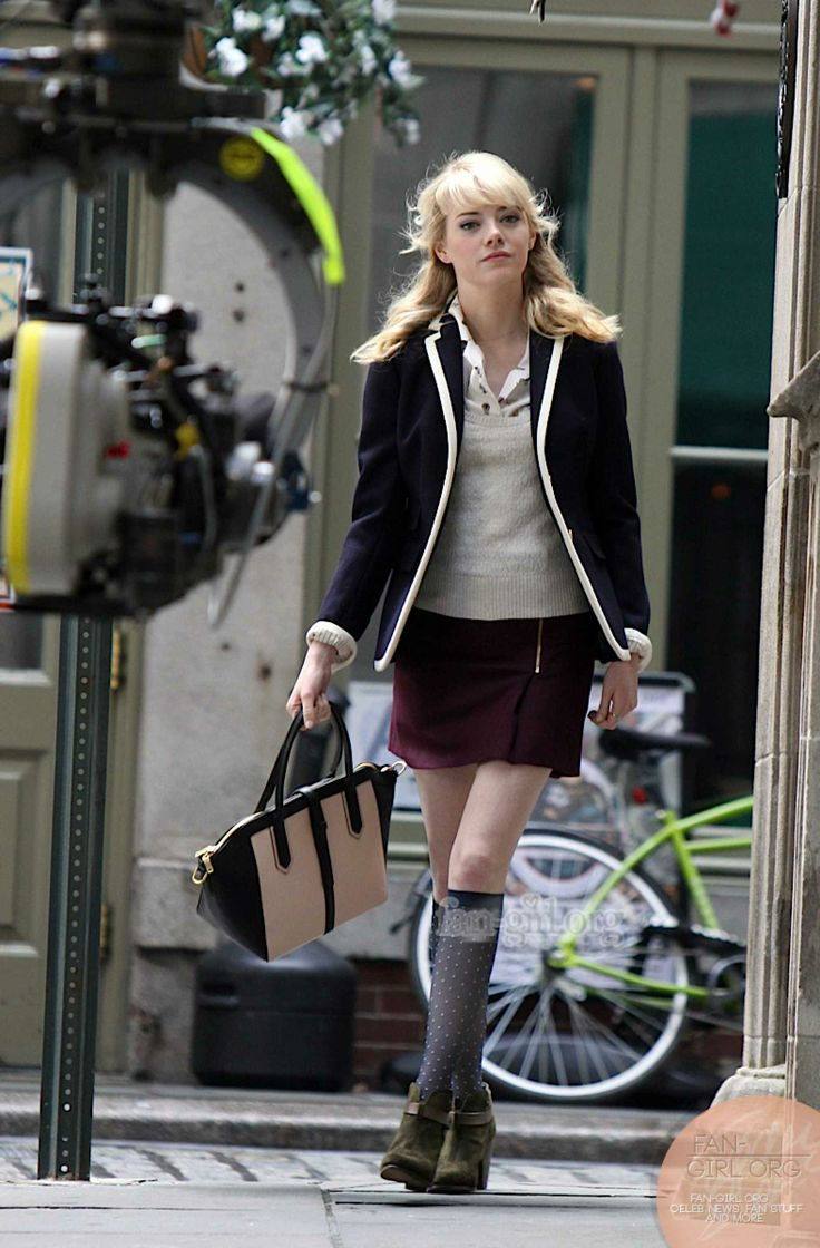 Emma Stone on the set of THE AMAZING SPIDER-MAN 2   My ...