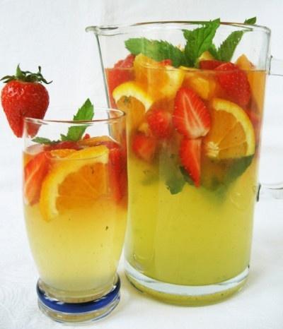 Epres-mentás limonádé