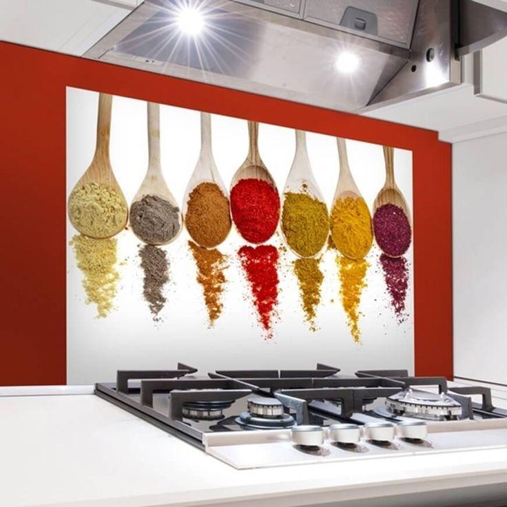 Decora il tuo piano cottura con i nostri kitchen panel, pannelli adesivi ignifugi e facili da rimuovere, prova il Kitchen Panel Cucchiai