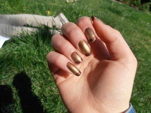 "NAIL ART ""GOLDEN AGE"" #nail #art #nailart #unghie #golden #oro #sfumato"